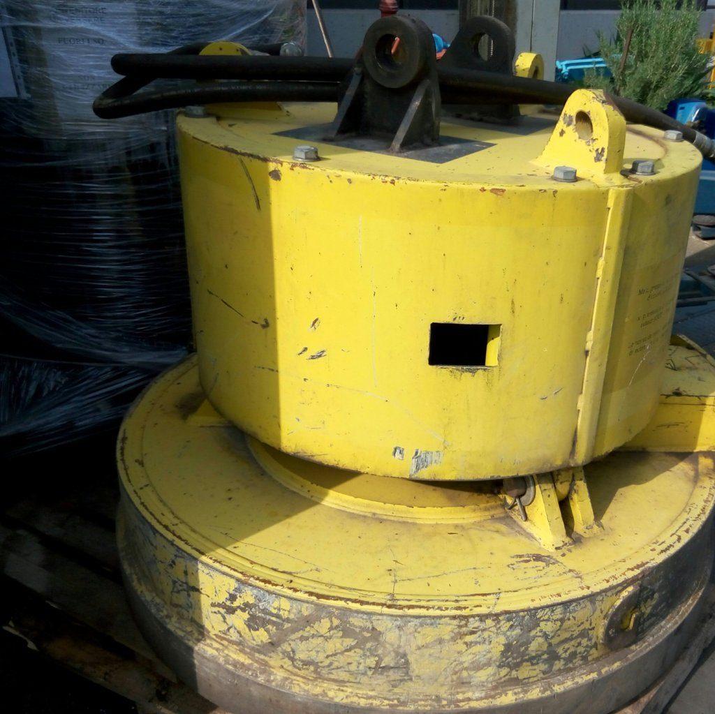 elettrocalamita – calamita da sollevamento usata (5)