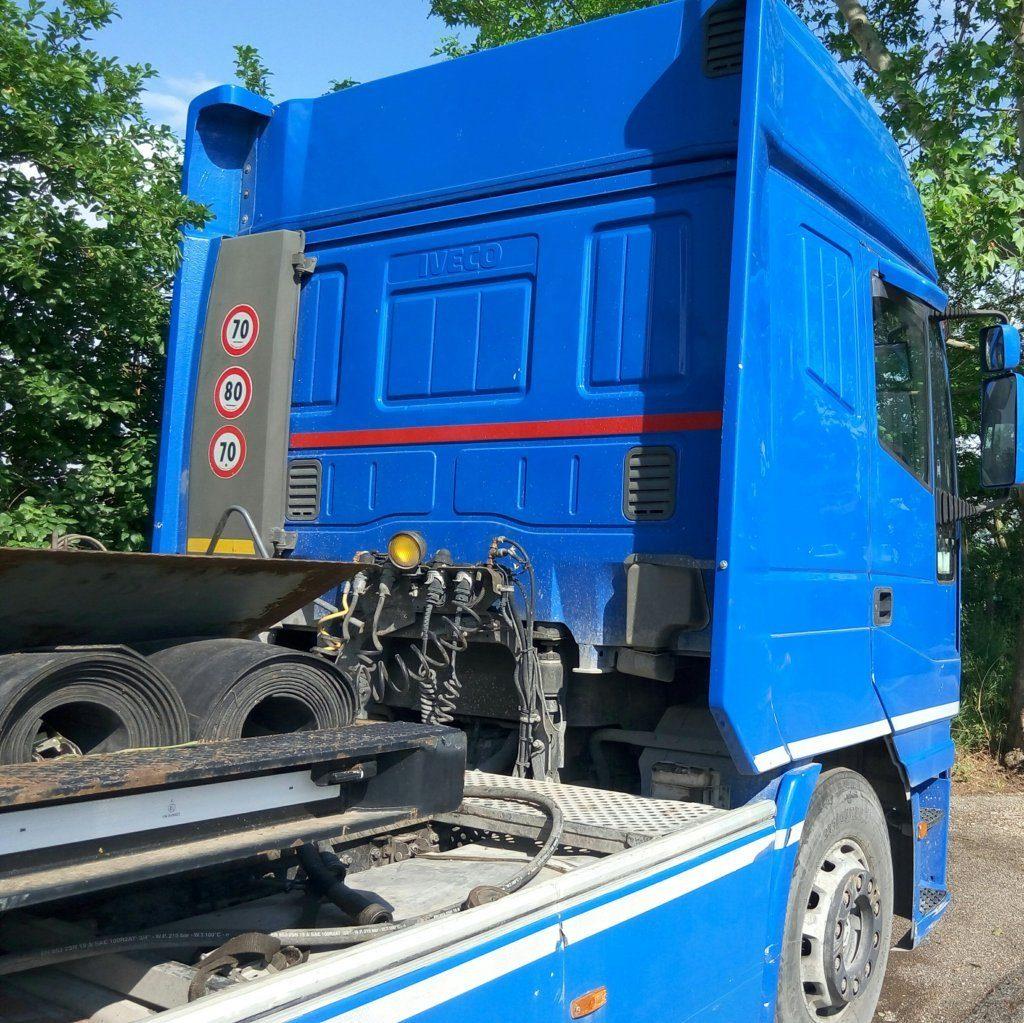 trattore stradale – Iveco 440 usato (1)