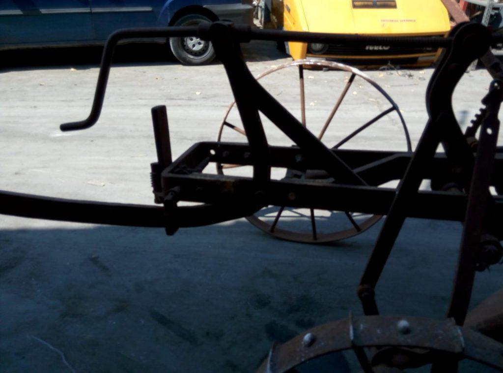 aratro antico con ruote (11)