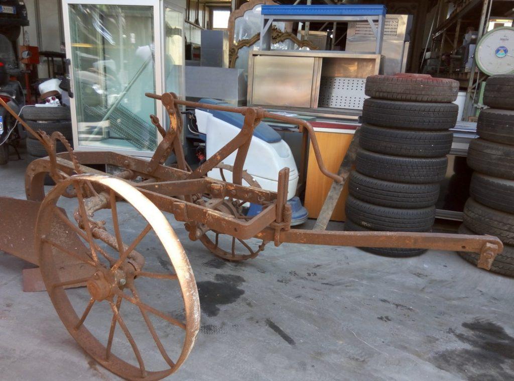 aratro antico con ruote (4)