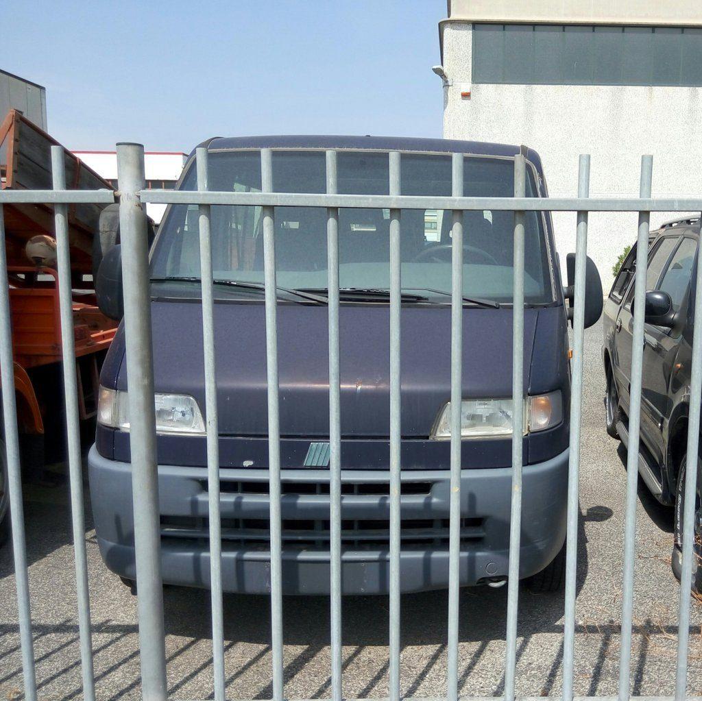 Fiat Ducato 9 posti – fronte