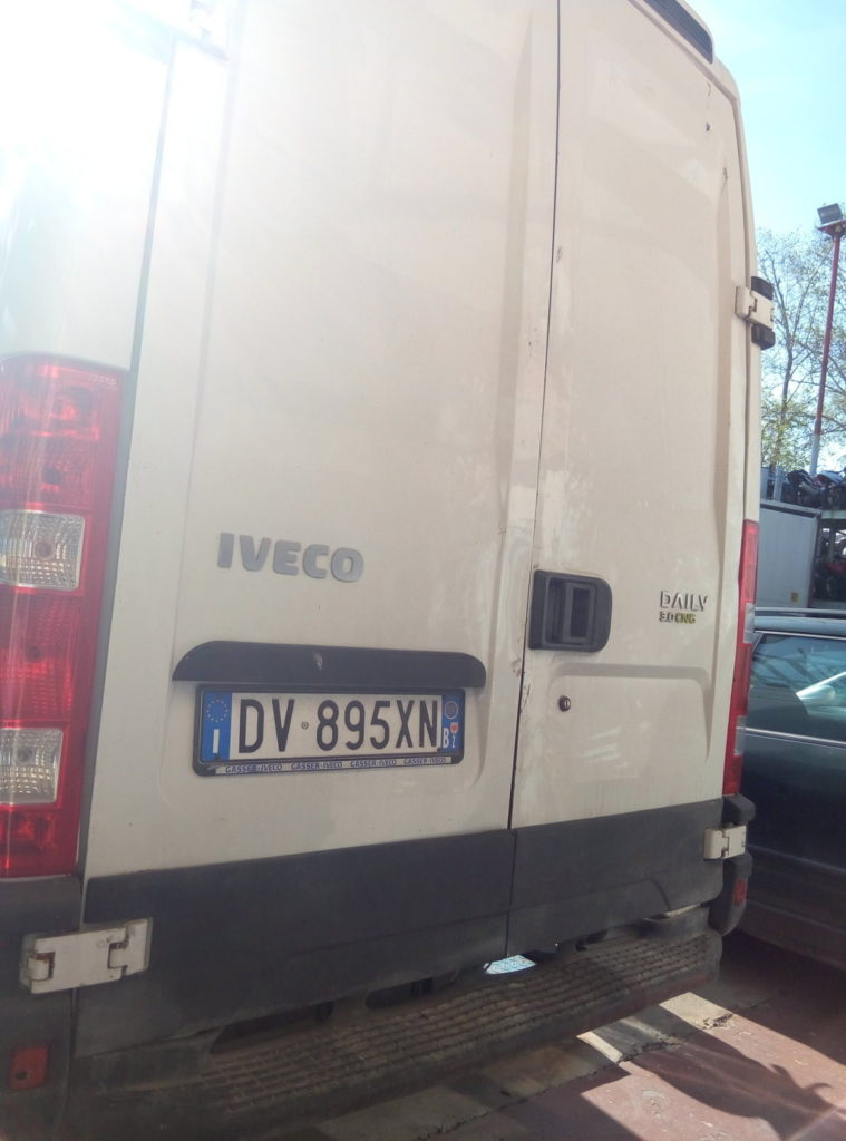 Iveco Daily metano (11)