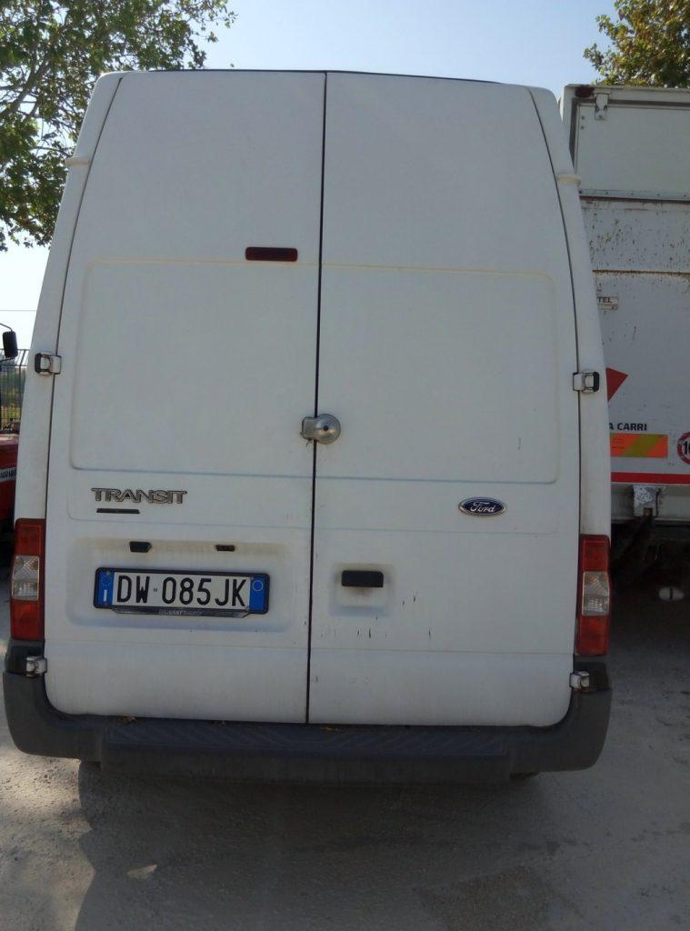 furgone Ford Transit usato (1)