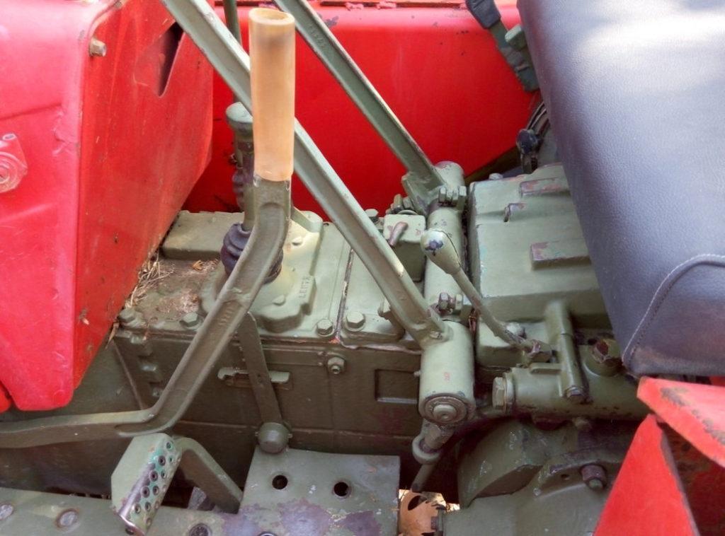 trattore cingolato Carraro 655 usato (10)