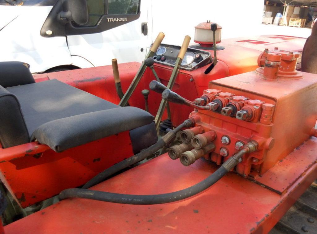 trattore cingolato Carraro 655 usato (4)