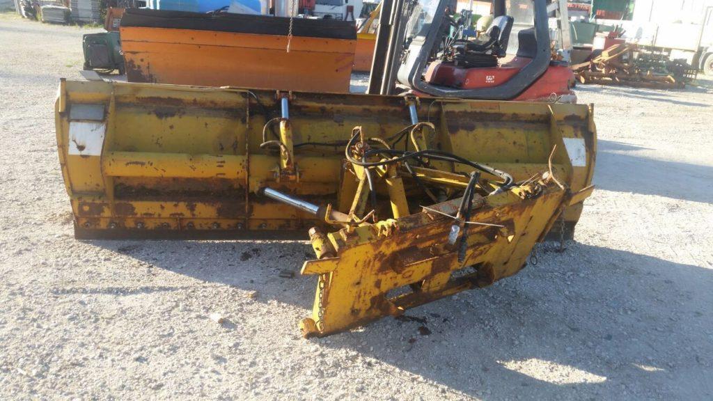 attrezzatura e macchinari per la neve-ex-anas (10)