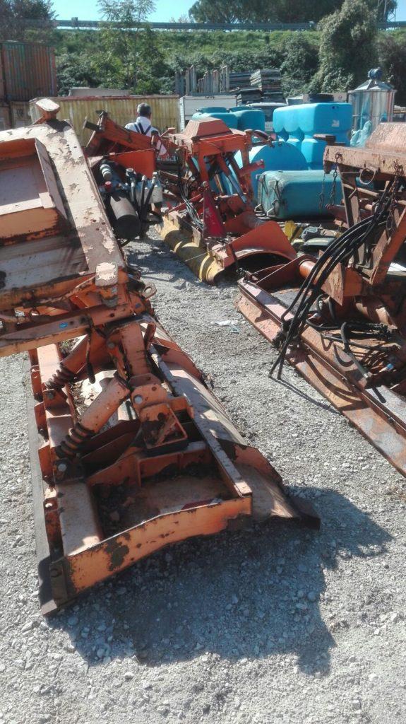 attrezzatura e macchinari per la neve-ex-anas (2)