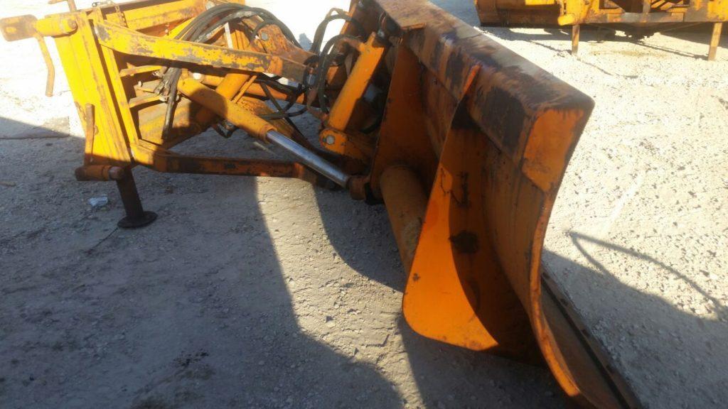 attrezzatura e macchinari per la neve-ex-anas (23)