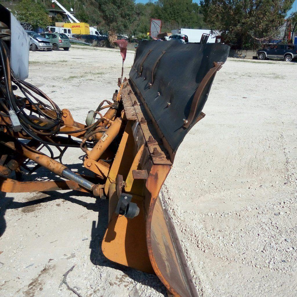 attrezzatura e macchinari per la neve-ex-anas (29)
