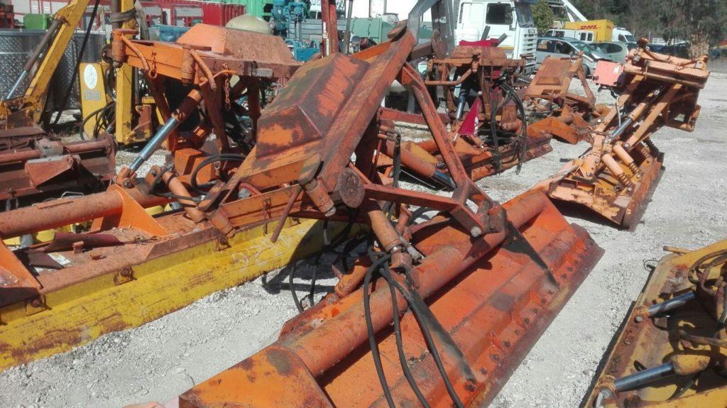 attrezzatura e macchinari per la neve-ex-anas (4)