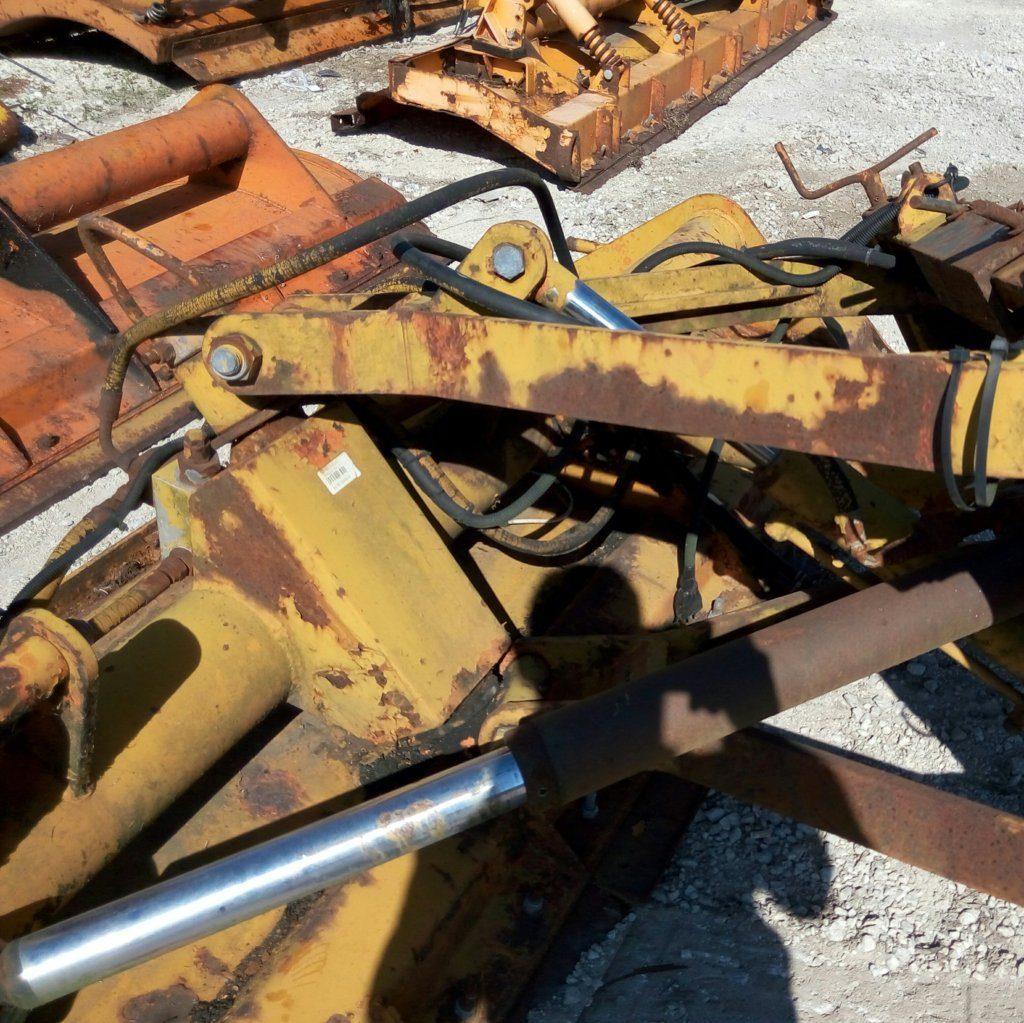 attrezzatura e macchinari per la neve-ex-anas (40)