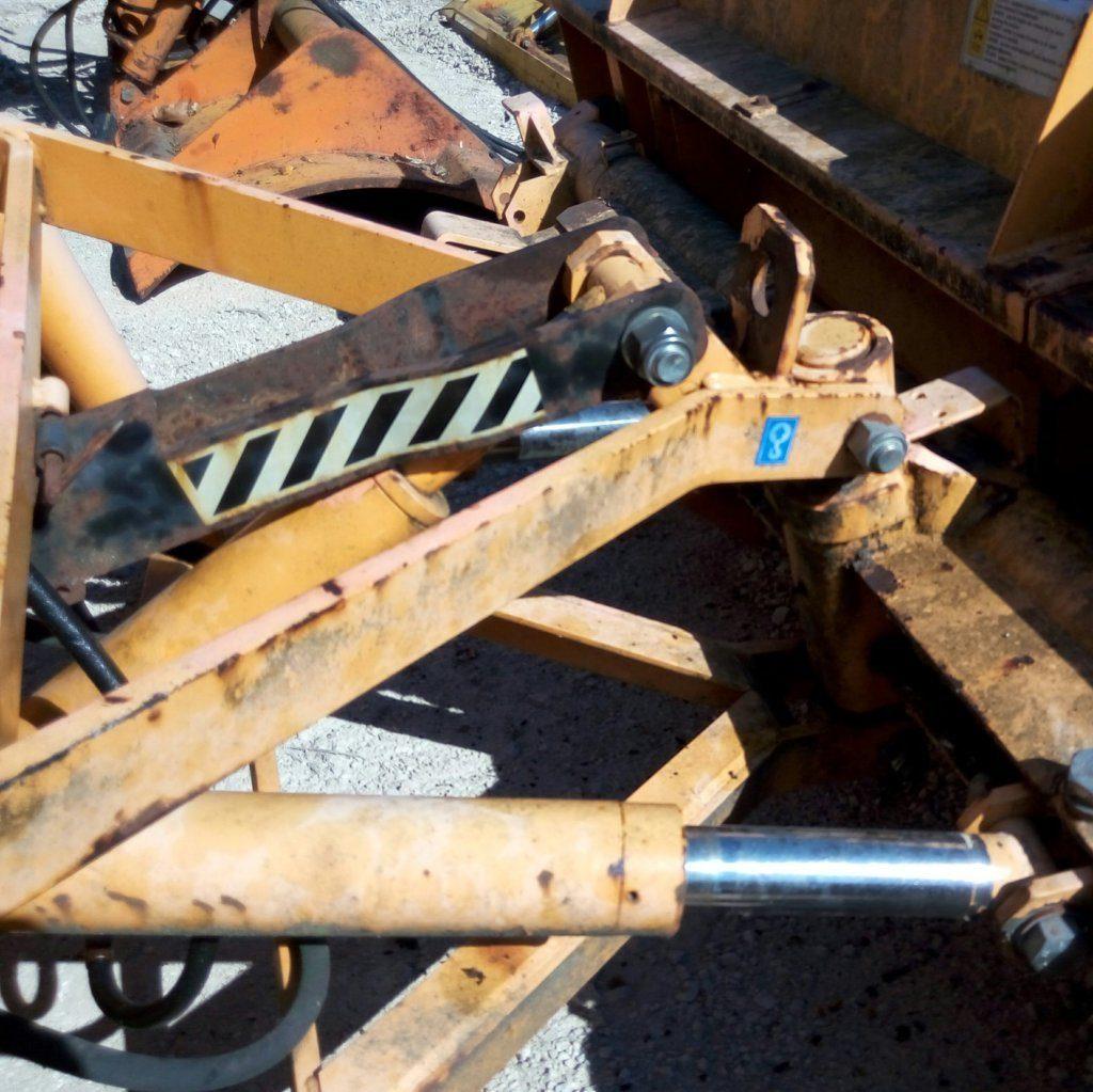 attrezzatura e macchinari per la neve-ex-anas (43)