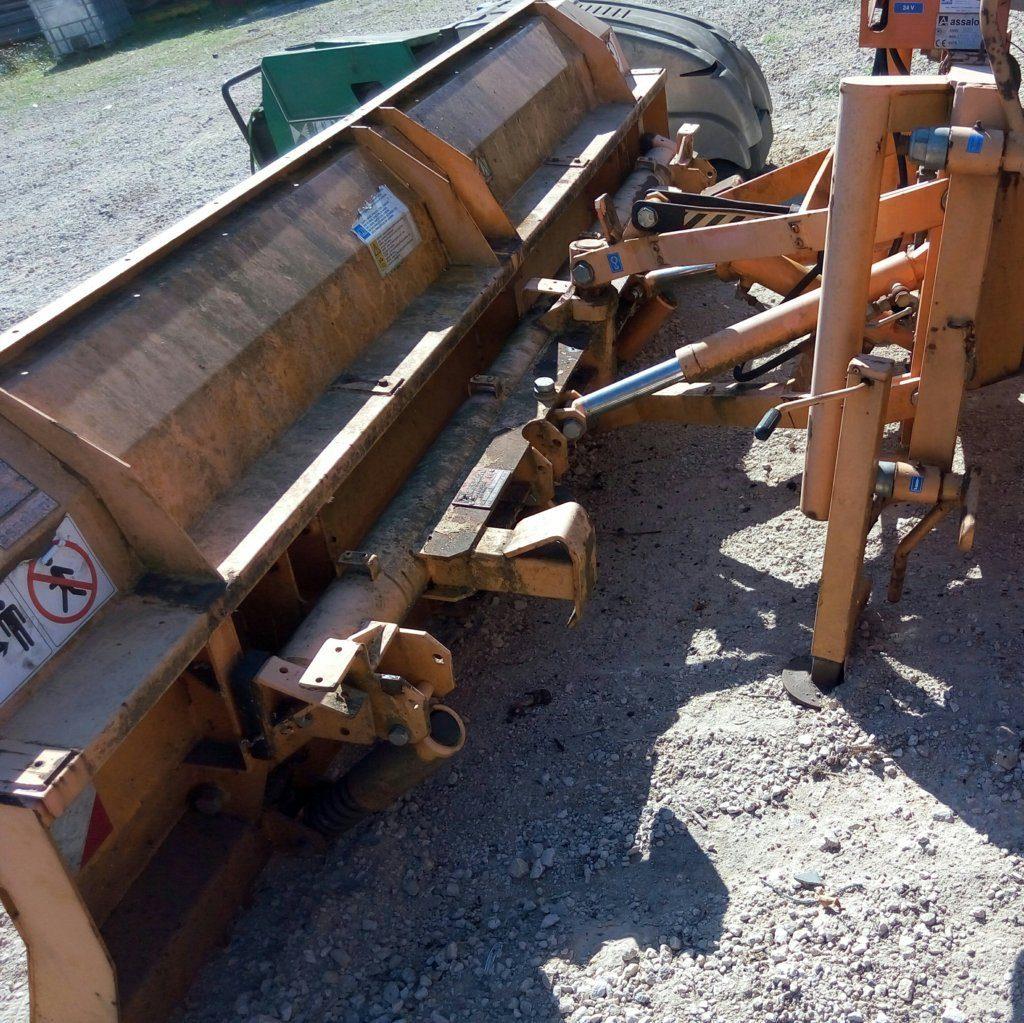 attrezzatura e macchinari per la neve-ex-anas (48)