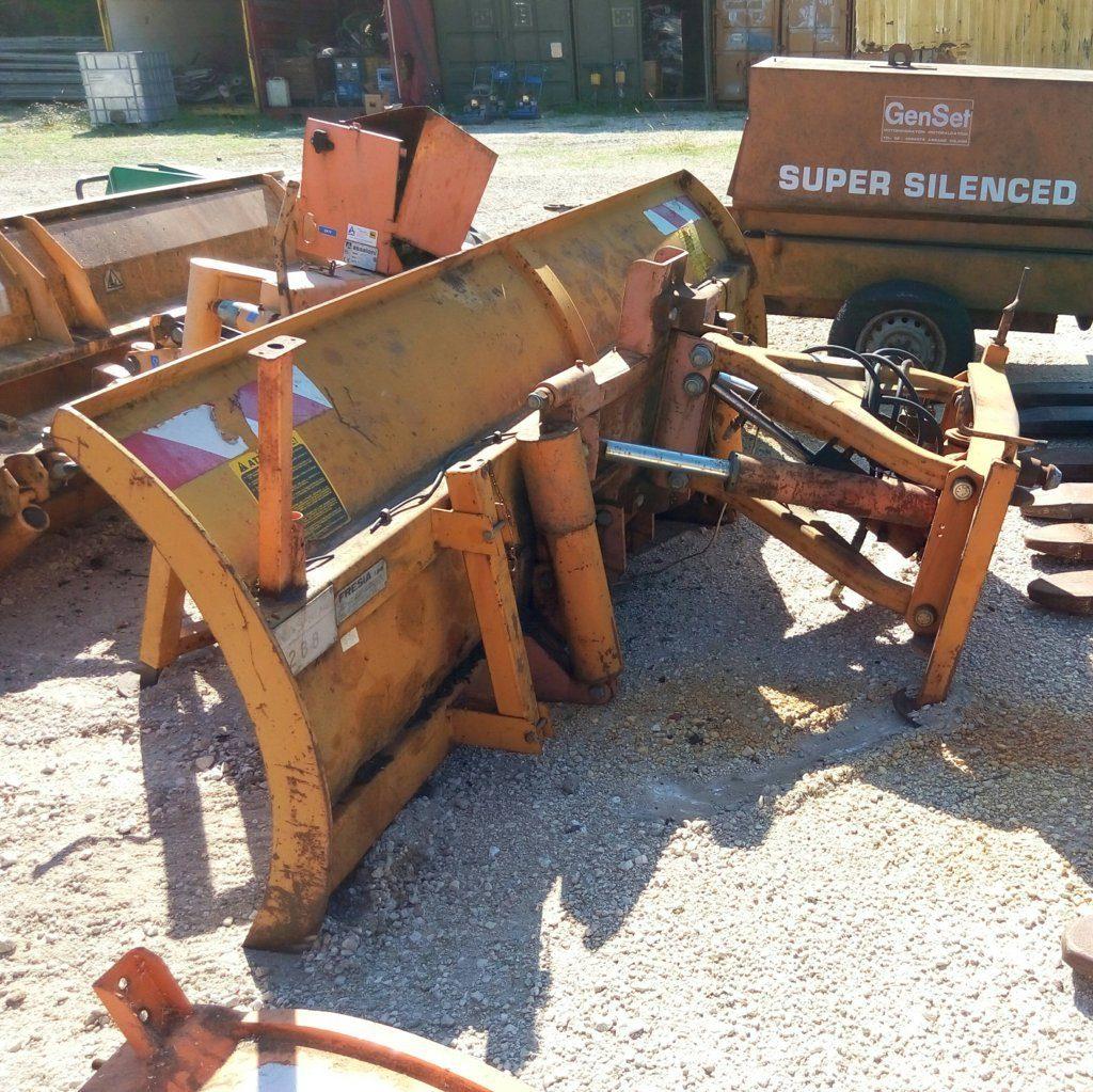 attrezzatura e macchinari per la neve-ex-anas (50)