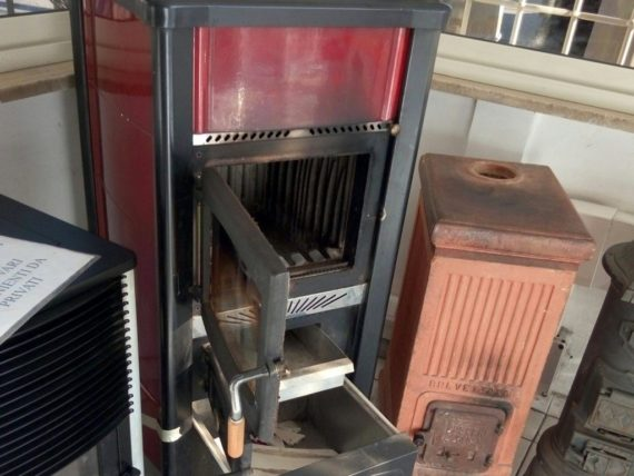 Caldaie e stufe usate - Stufe in ghisa a legna usate ...