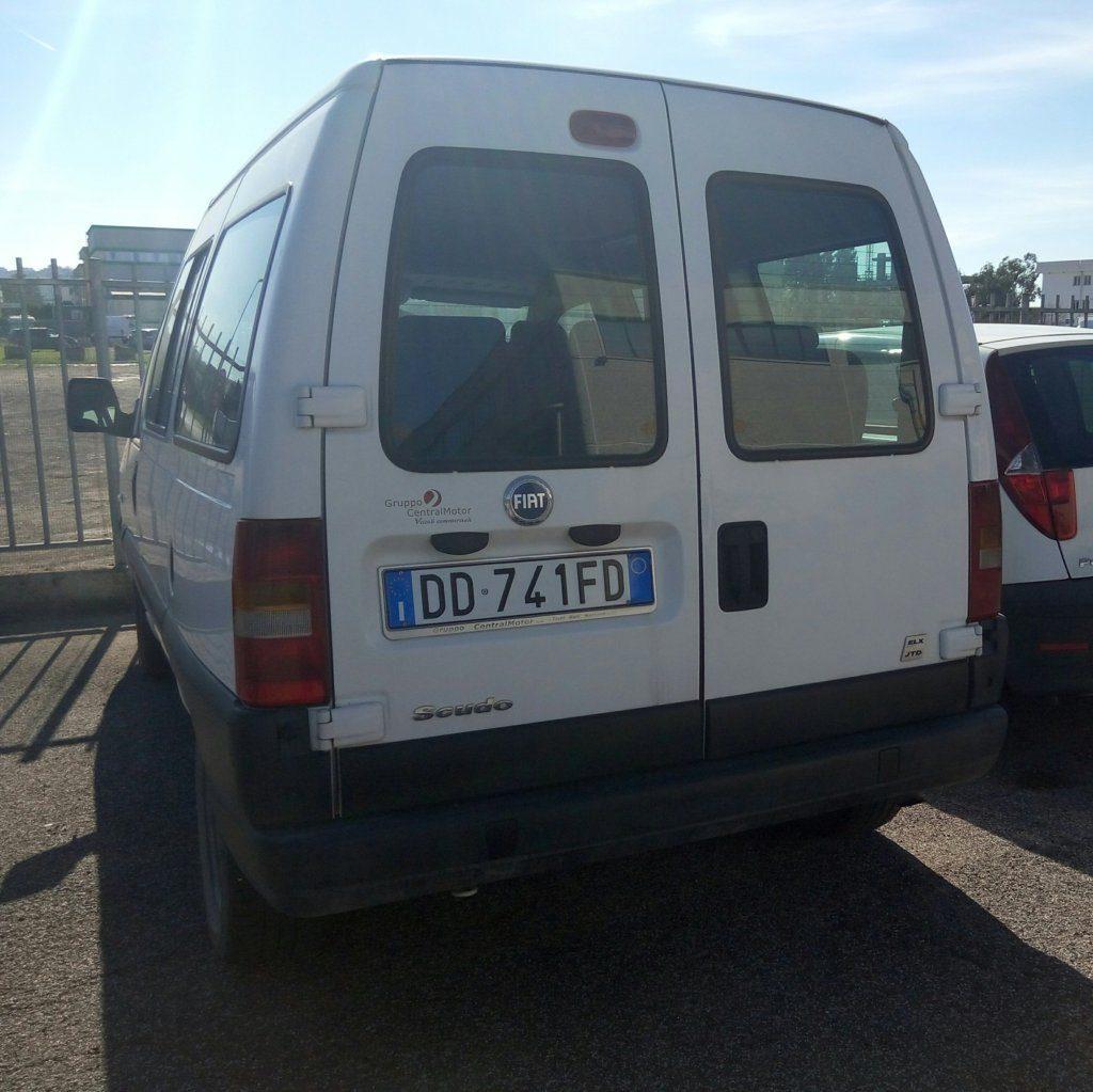 Fiat Scudo minivan (2)