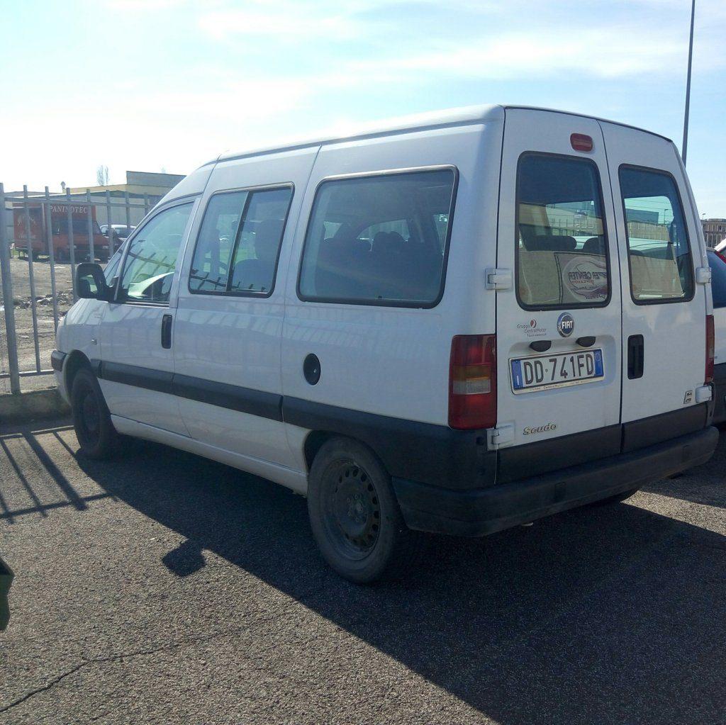 Fiat Scudo minivan (3)