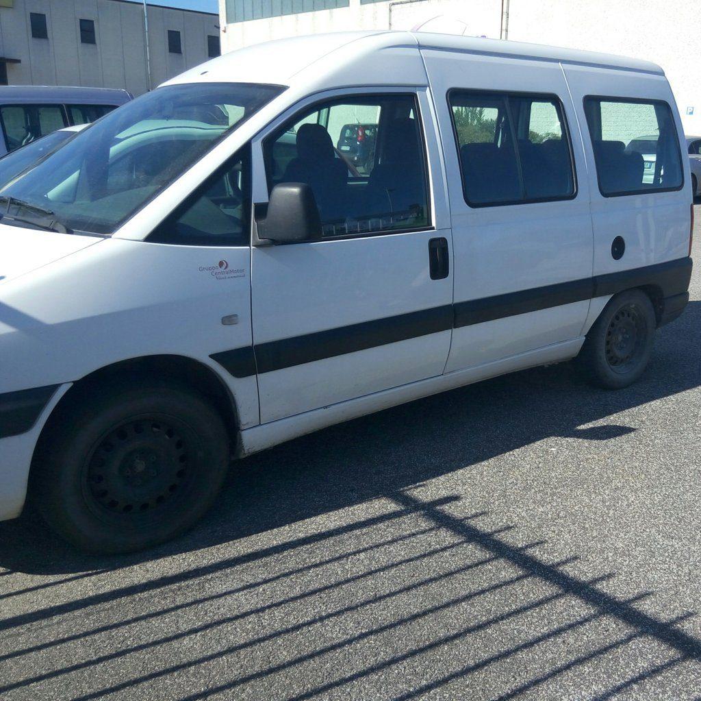 Fiat Scudo minivan (5)