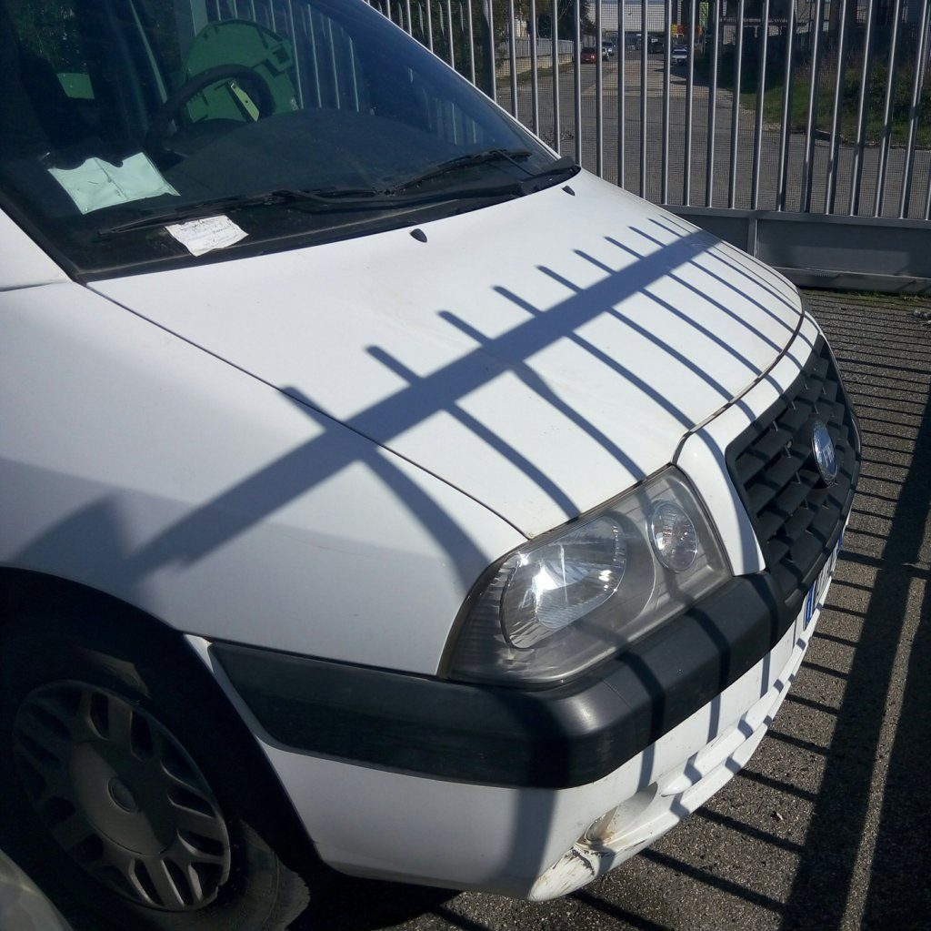 Fiat Scudo minivan (7)