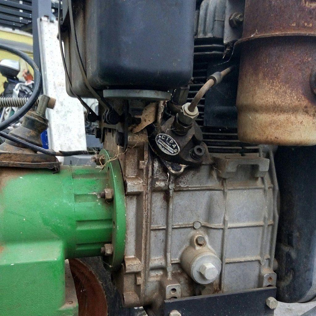 trattore motocoltivatore Lombardini con carrello (15)