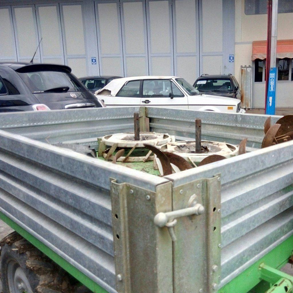 trattore motocoltivatore Lombardini con carrello (2)