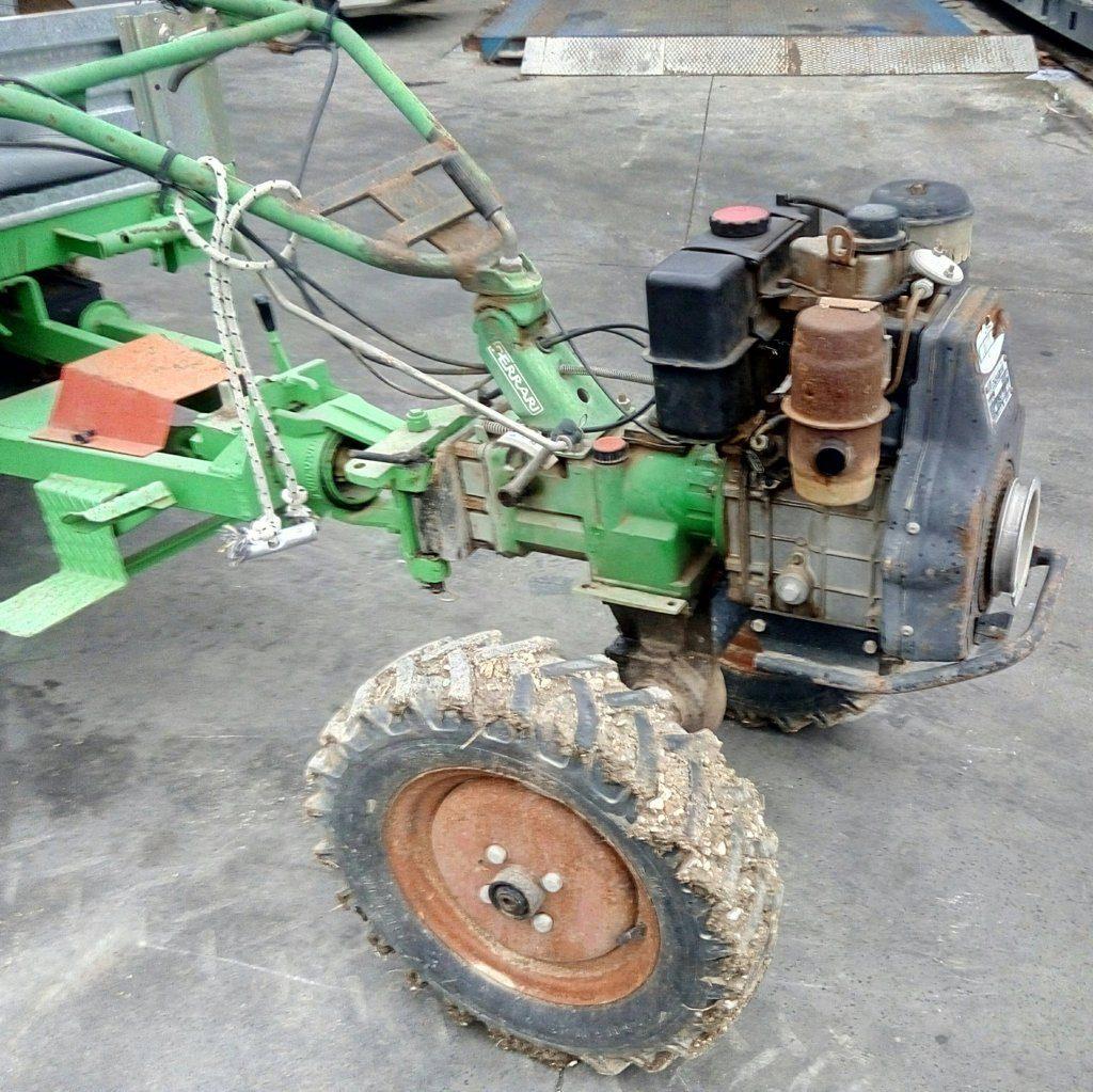 trattore motocoltivatore Lombardini con carrello (4)