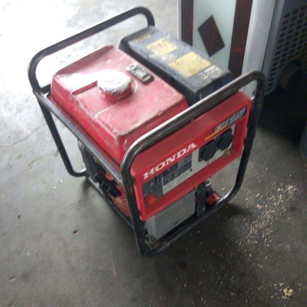 Gruppo elettrogeno EM25 Honda – Generatore usato – Pomilids (1)