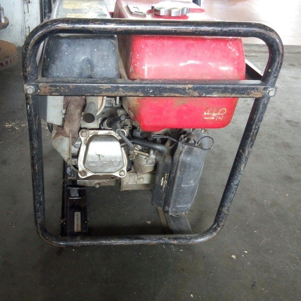 Gruppo elettrogeno EM25 Honda – Generatore usato – Pomilids (4)