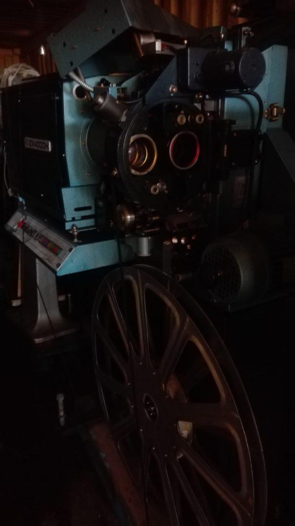Proiettore cinematografico (10)