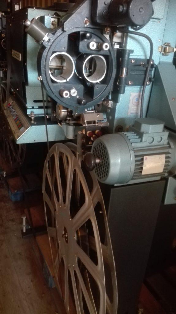 Proiettore cinematografico (12)