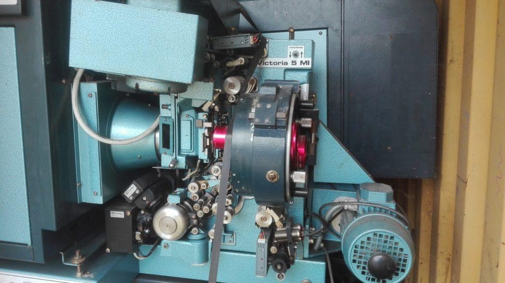 Proiettore cinematografico (3)