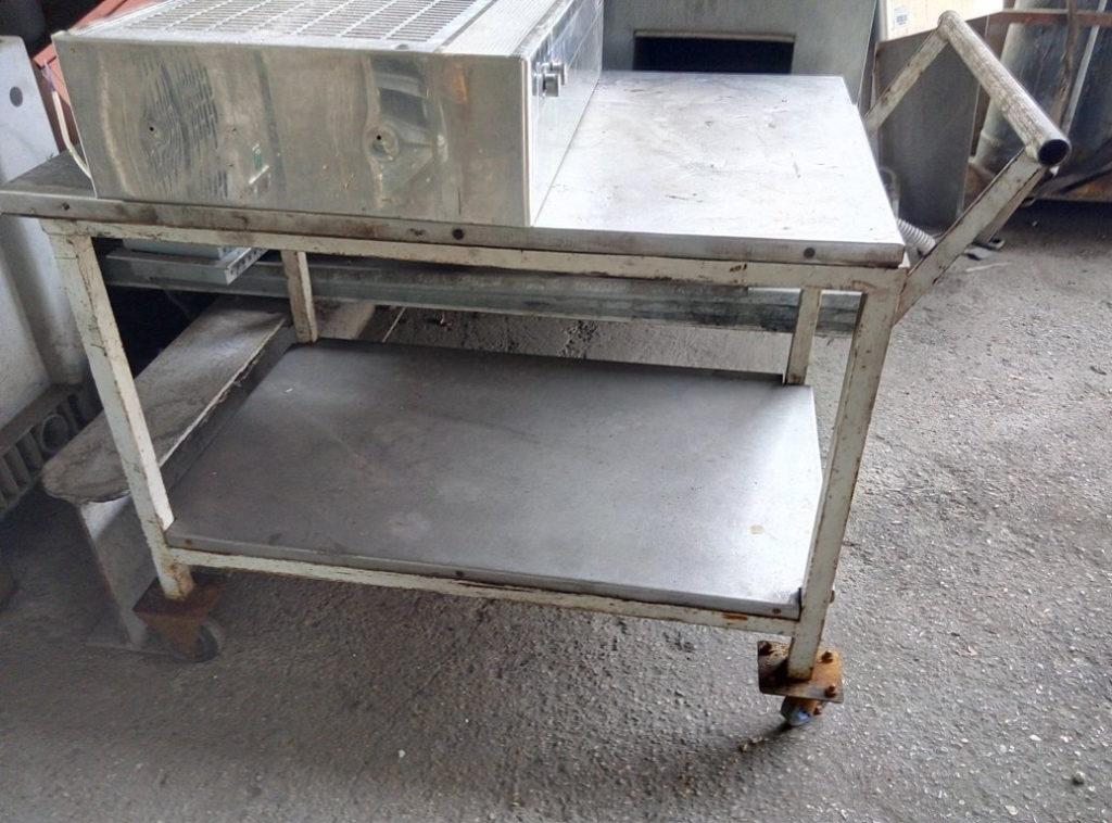carrello con doppio pianale in acciaio