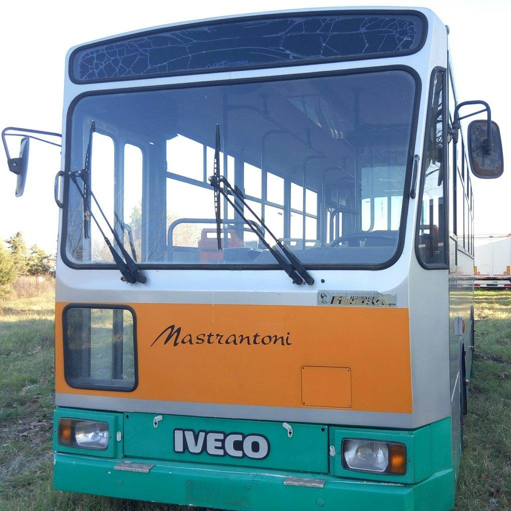 bus urbano iveco (10)