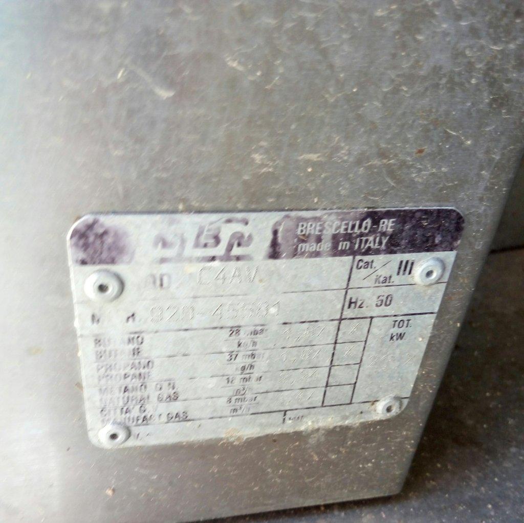 Cucina industriale usata (6 fuochi) in acciaio inox Pomili ...