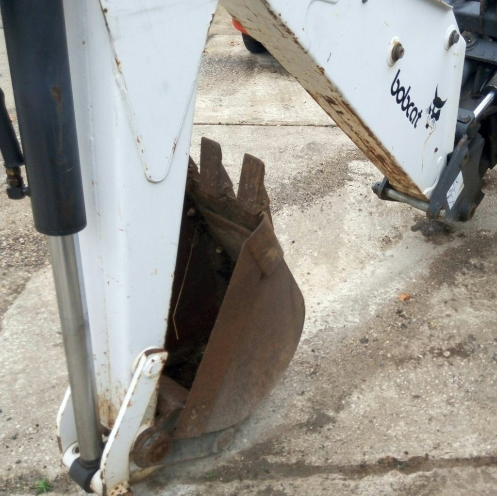 Braccio escavatore usato per Bobcat.