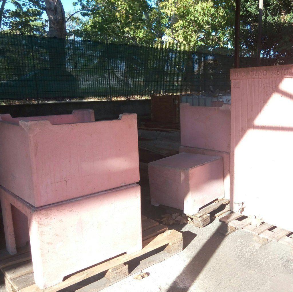 botti-contenitori-per-vino (2)