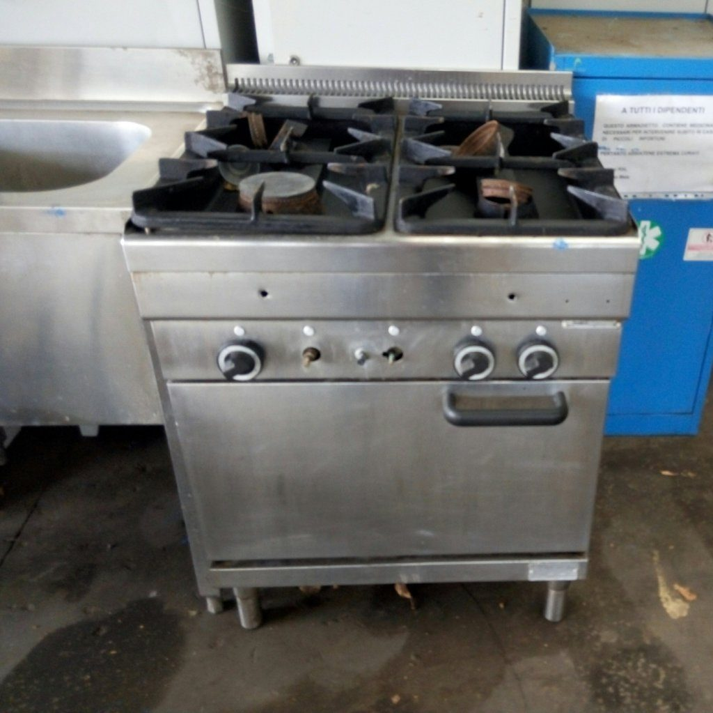Cucine Industriali Usate Prezzi.Cucina Industriale Usata 4 Fuochi In Acciaio Inox