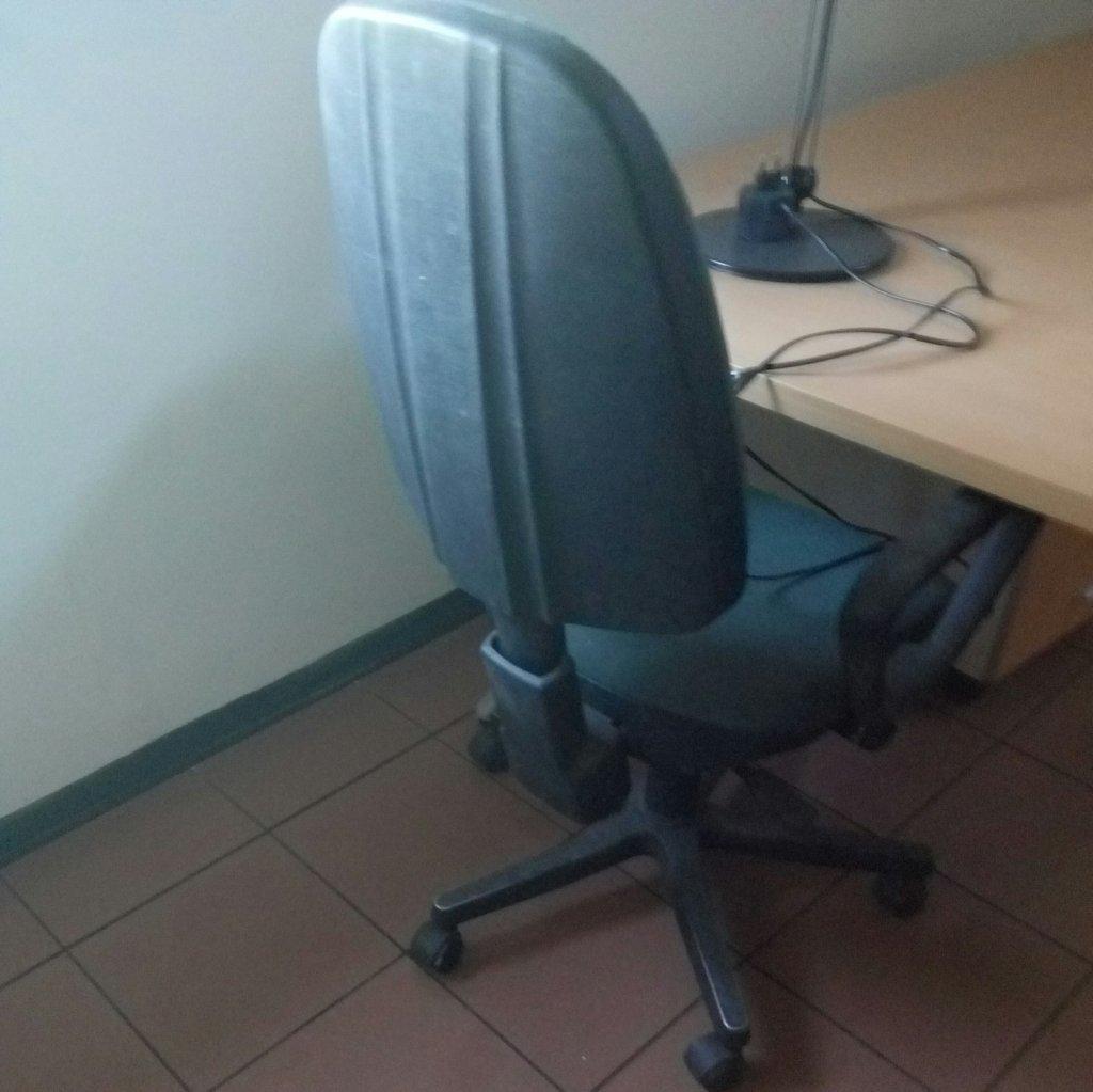Sedie con rotelle per ufficio e studi professionali ...