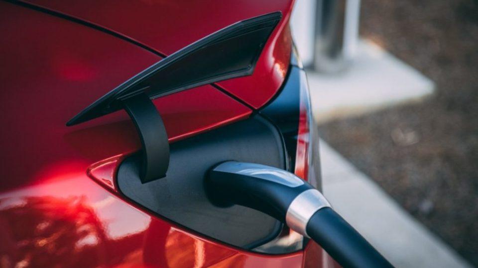 articolo auto elettriche