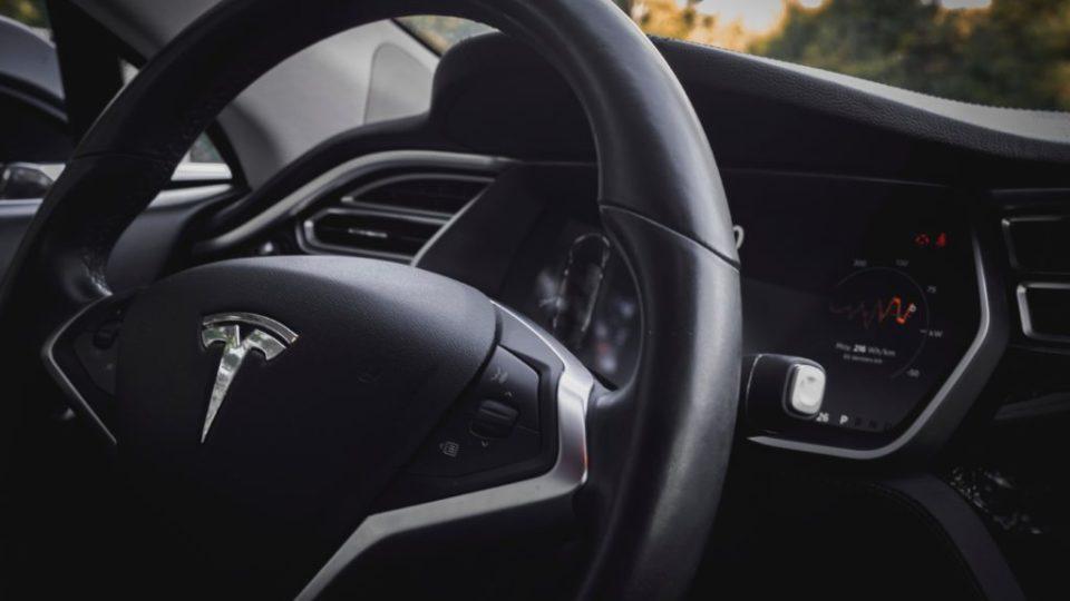 calano le vendite delle auto elettriche