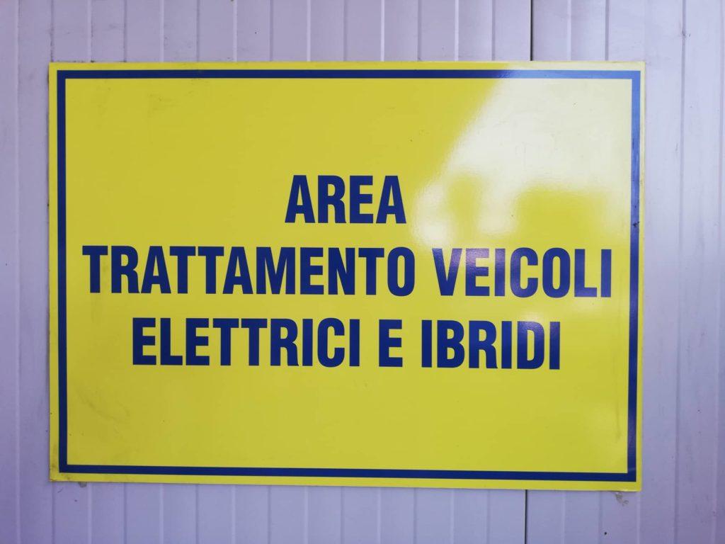 Pomili Demolizioni Speciali Autodemolitore Veicoli Elettrici