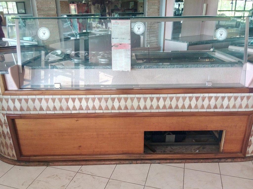 Bancone completo per bar o gelateria (1)