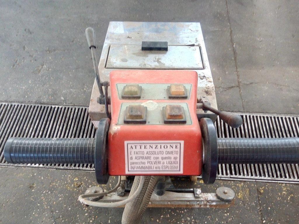 Pulitrice comac L-16 (4)