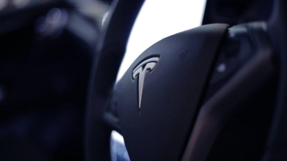 Tesla – auto elettrica