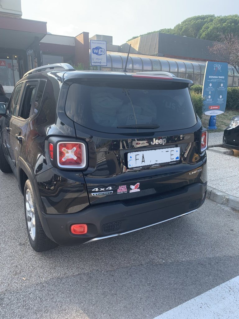 Jeep-Renegade-Full-Optional-pomilids (2)