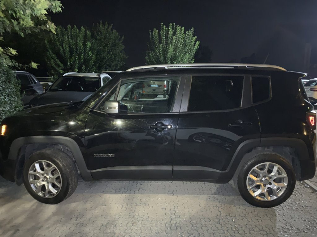Jeep-Renegade-Full-Optional-pomilids (3)