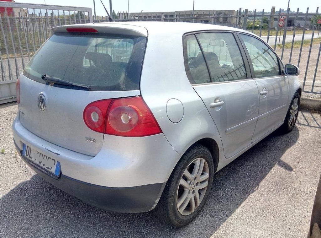 VW Golf (6)