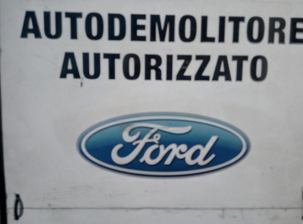 Pomili Demolizioni Speciali autodemolizione autorizzata Ford