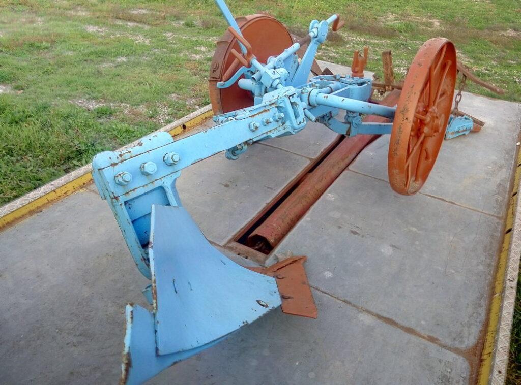 Aratro blu con ruote – pomilids (4)