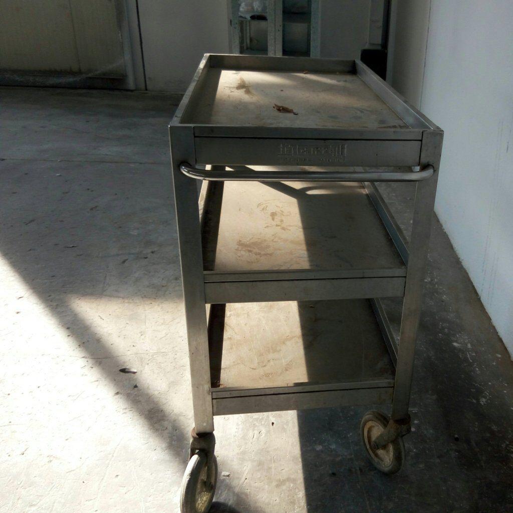 Carrello in acciaio inox per attività di ristorazione